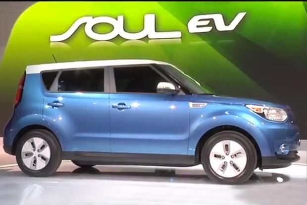 2015 Kia Soul EV: Chicago Auto Show - Video featured image large thumb1
