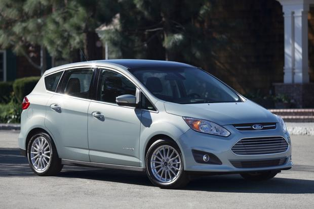 2015 Ford C-MAX: Paris Auto Show featured image large thumb0