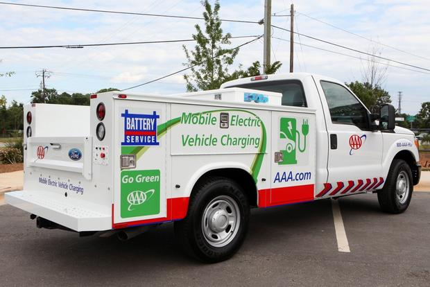 AAA Mobile Charging Vehicle: Santa Monica AltCar Expo featured image large thumb0