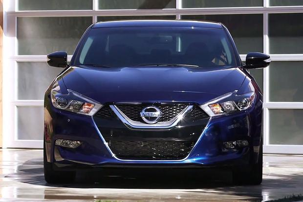 2016 Nissan Maxima: New York Auto Show - Video featured image large thumb1