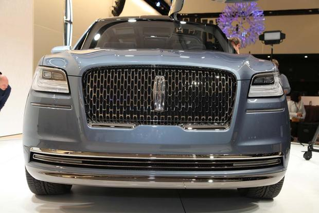 Lincoln Navigator Concept: New York Auto Show - Video featured image large thumb2