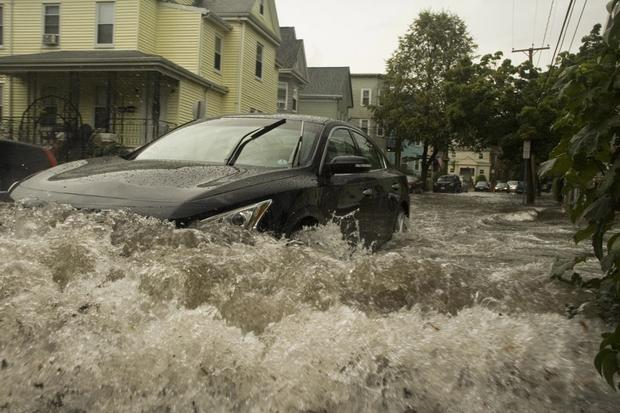 Flood Cars For Sale >> Beware Of Flood Damaged Cars Autotrader