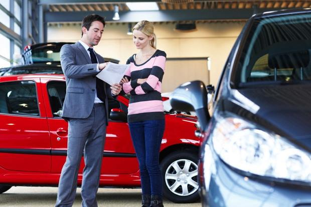Buying A New Car Tips For Negotiating A Good Price Autotrader