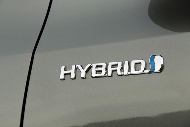 Hybrid or Diesel: Which Is Right for You? featured image large thumb0