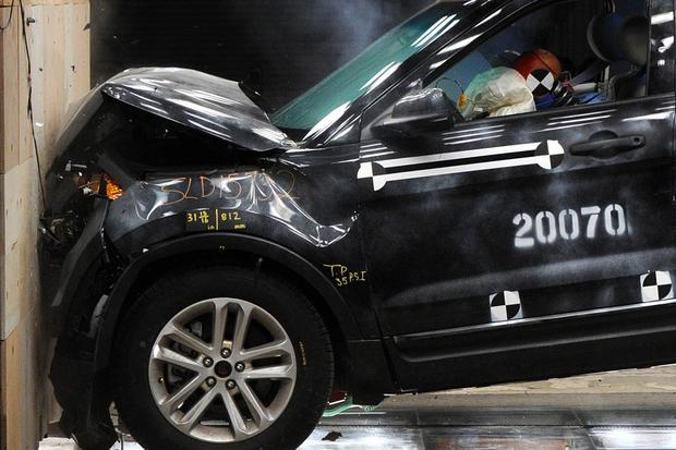Buying a Car: Do Crash Tests Indicate Real-World Safety? featured image large thumb0