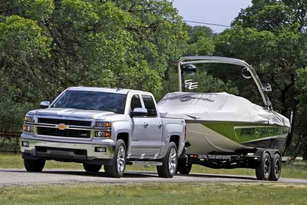 Tow Ratings of New Trucks: Comparing Apples to Oranges featured image large thumb0