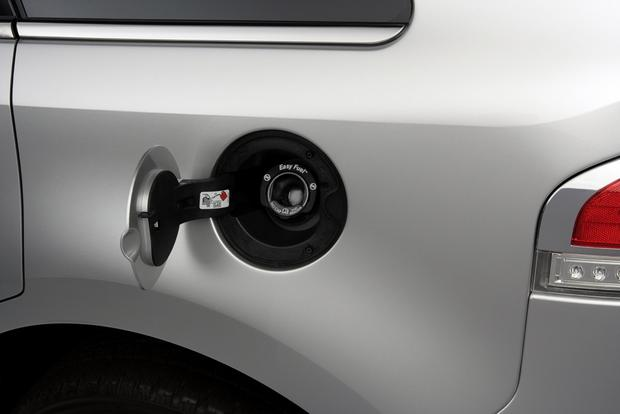 Buying a Car: Do You Need to Use Premium Gas? featured image large thumb0