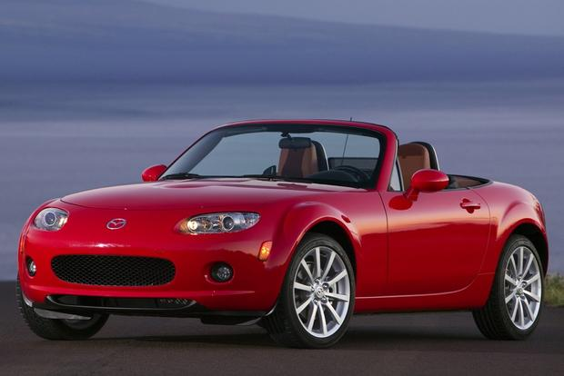 buying a used mazda mx 5 miata everything you need to know autotrader. Black Bedroom Furniture Sets. Home Design Ideas