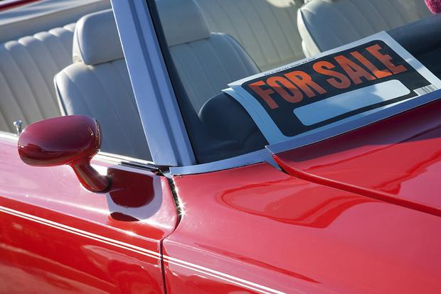 Buying a Used Car: What Questions Should You Ask a Private Seller? featured image large thumb0