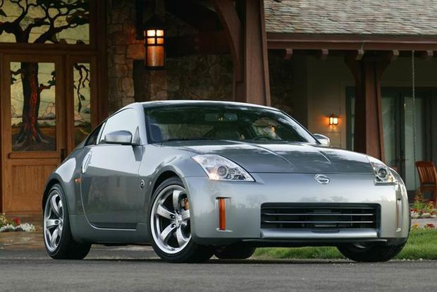 Buying a Used Nissan 350Z: Everything You Need to Know featured image large thumb0