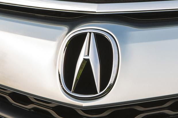 Should You Consider Acura? featured image large thumb0