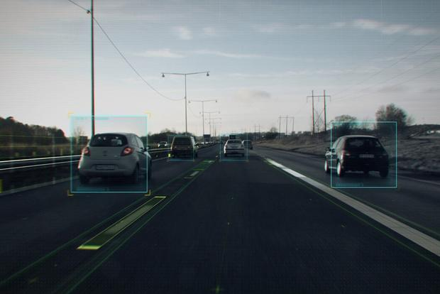Self-Driving Cars: Augmented Driving May Be the Best Use of Semi-Autonomous Systems featured image large thumb0