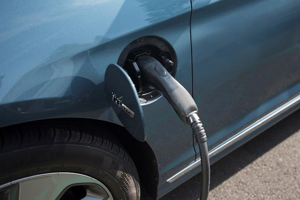 Electric Vehicles What Will Hen If The Tax Credit Is Eliminated