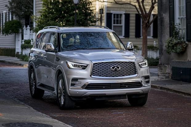 2018 Infiniti QX80: 5 Features Targeting Families featured image large thumb0