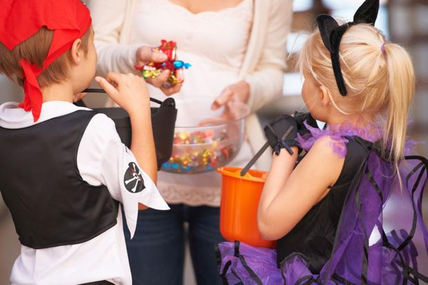 Car Features That Will Help With Trick-or-Treating featured image large thumb0