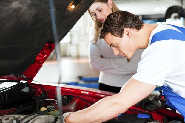 Buying a Used Car: Is a Mechanical Inspection Necessary? featured image large thumb0