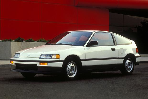 Fuel Economy: Why Don't Modern Cars Do Better Than 1980s Models? featured image large thumb0