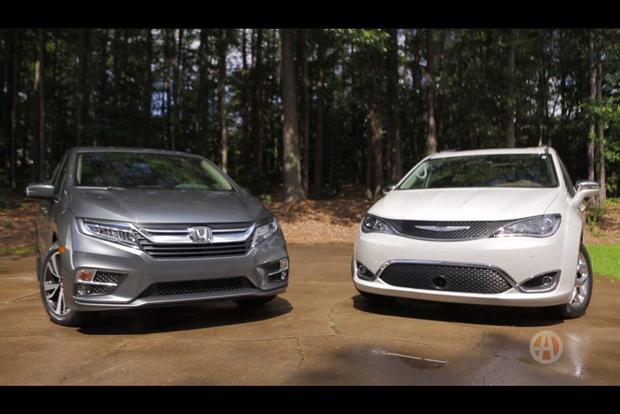 2018 Honda Odyssey vs. 2017 Chrysler Pacifica: Which Is Better? - Video featured image large thumb1