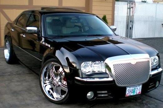 For Sale on AutoTrader: NY Met's Chrysler 300C featured image large thumb0