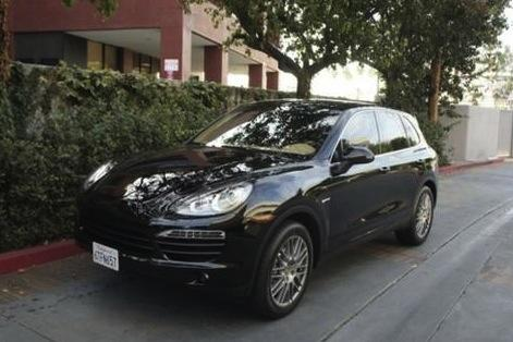 Reese Witherspoon's Porsche Cayenne: For Sale on AutoTrader featured image large thumb0