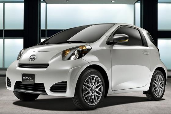 Scion Prices Subcompact iQ featured image large thumb0