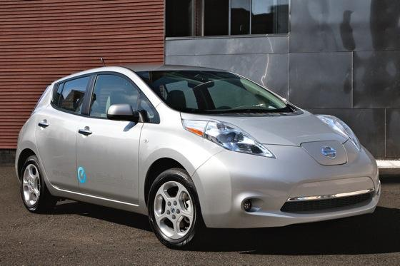 Nissan Updates Leaf for 2012, 2013 featured image large thumb0