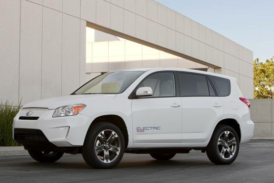 Toyota to Build RAV4 Electric in Canada featured image large thumb0