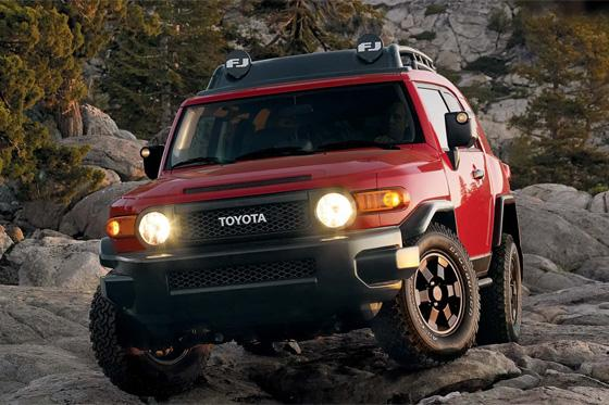 Toyota FJ Cruiser Gets New Trail Teams Edition featured image large thumb0