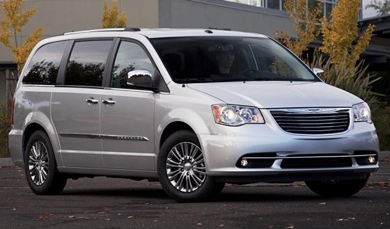 Chrysler Adds Standard Leather and Video to Town & Country featured image large thumb0