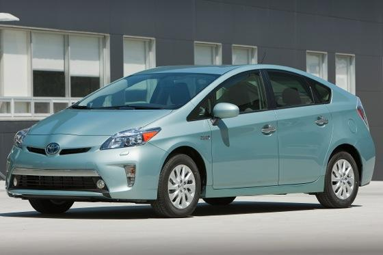 2012 Prius Plug-In Now Arriving at Dealers featured image large thumb0