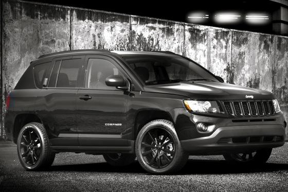Jeep Introduces Limited-Edition Altitude Models featured image large thumb0
