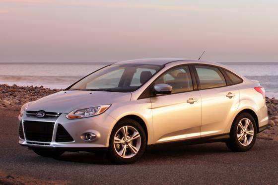 ford recalls 140 000 focus models autotrader. Black Bedroom Furniture Sets. Home Design Ideas