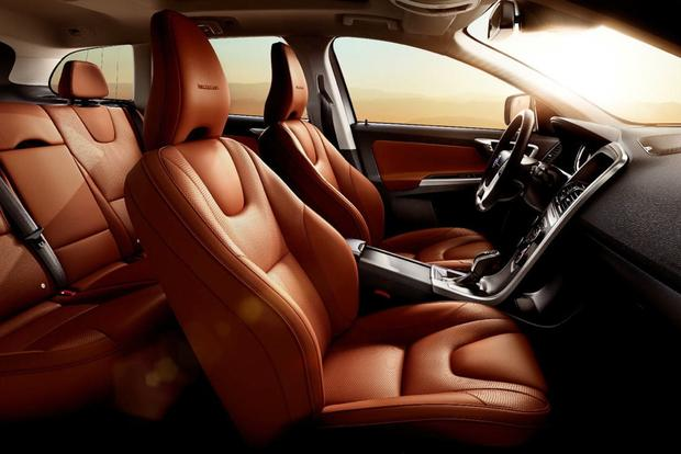 Volvo Adds Inscription Luxury Trim to XC60 featured image large thumb0