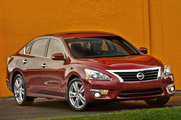Nissan Announces Pricing, Release Date for New Altima featured image large thumb0