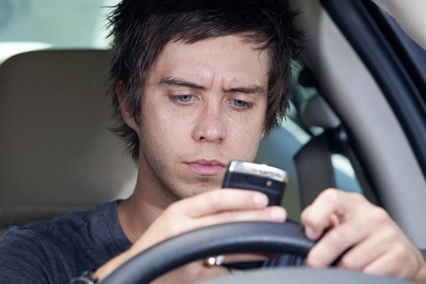 5 Safe Summer Driving Tips for Your Teen featured image large thumb0