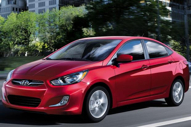 2013 Hyundai Accent Gets Upgraded Equipment featured image large thumb0