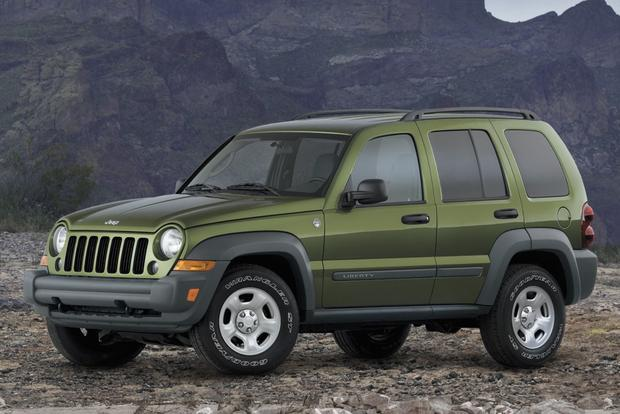 Jeep Adds 137 000 Liberty Suvs To Recall Featured Image Large Thumb0