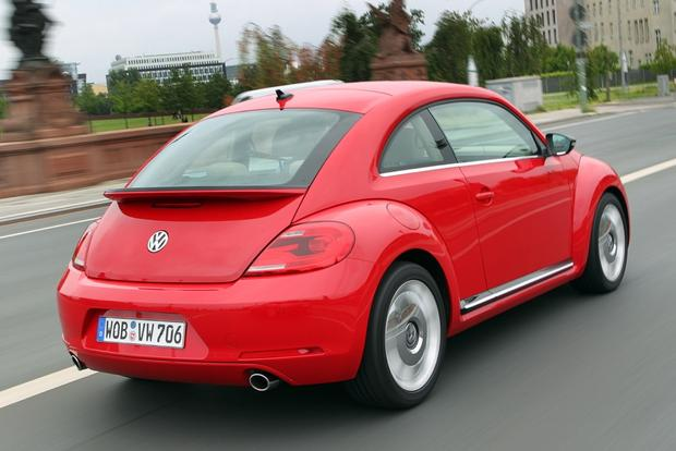 Volkswagen Tweets Extra-Cash Deal for Trades from Competing Brands featured image large thumb0