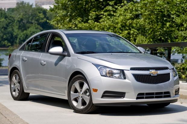 Chevrolet to Recall 475,000 Cruze Sedans featured image large thumb0