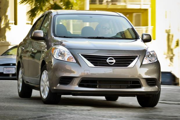 Nissan Updates Versa for 2013 featured image large thumb0