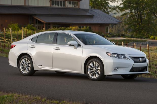 2017 Lexus Es 300h Hybrid Rated At 40 Mpg
