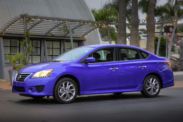 2013 Nissan Sentra: First Look featured image large thumb0