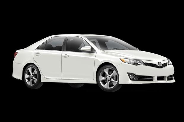 2012 Toyota Camry SE Offered in Limited Sport Edition featured image large thumb0