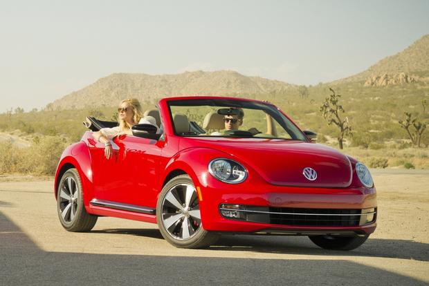 2013 Volkswagen Beetle Convertible Revealed Ahead of LA Debut featured image large thumb0