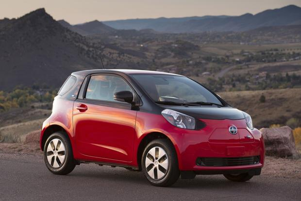 2013 Scion iQ Goes Electric featured image large thumb0
