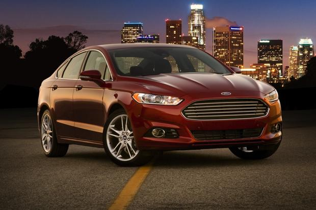 IIHS Names 2013 Ford Fusion a Top Safety Pick featured image large thumb0