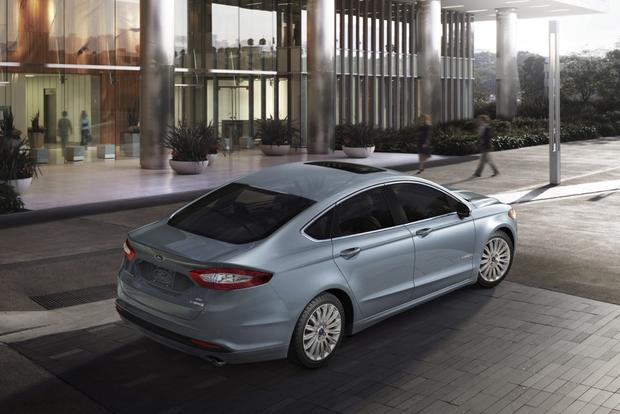 2013 Ford Fusion: How to Help a Good Cause and Win Big on November 15 featured image large thumb0