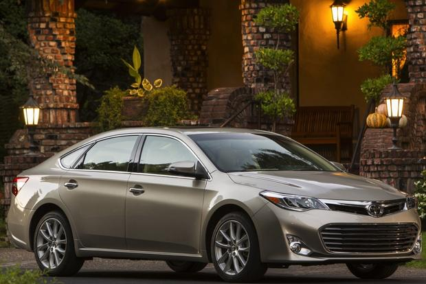 2017 Toyota Avalon Earns 5 Star Crash Test Rating