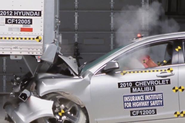 New Crash Test Results Indicate Need for Improved Semitrailer Underride Guards featured image large thumb0