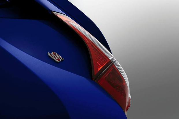 2014 Toyota Corolla Teased Ahead of June 6 Debut featured image large thumb0